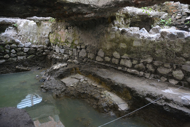 Remains of pre-Hispanic sweat lodge found near La Merced, Mexico City