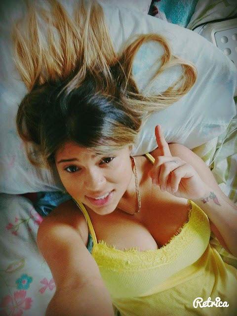 Video y fotos de la sexy albañil brasileña Mayra Barbosa
