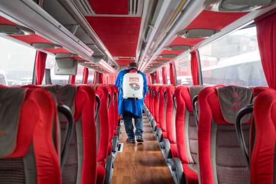 Tips Aman Naik Bus Saat Corona