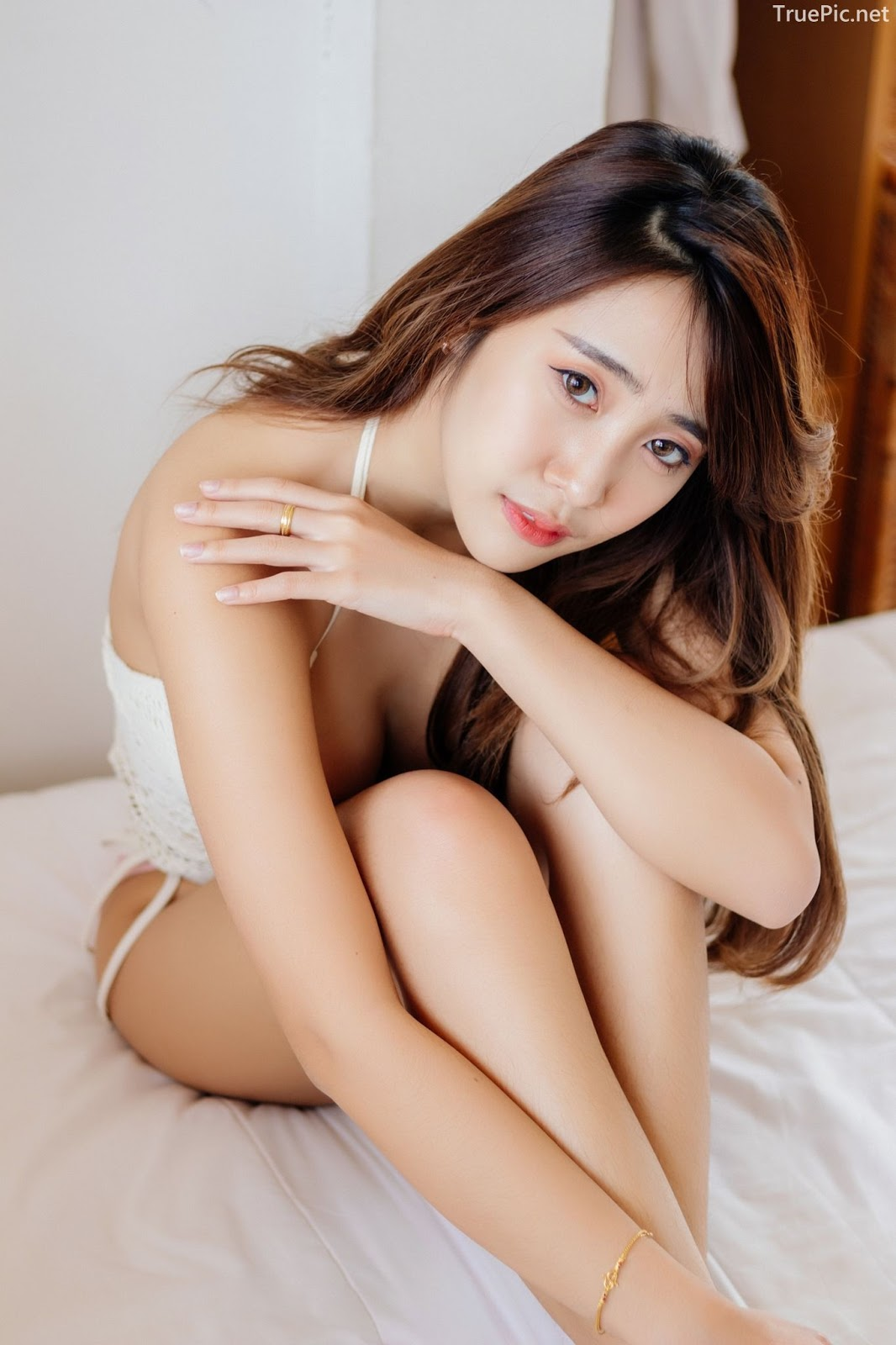 Thailand model Suneta Ngachalvy so sexy with album Bring me a Donut - Picture 2