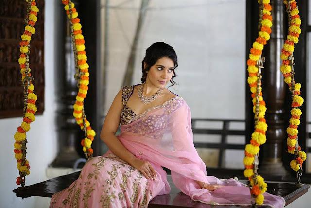Rashi Khanna Beautiful Photos