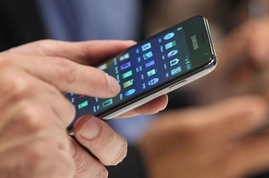 mengatasi layar touch screen bergerak atau mengetik sendiri