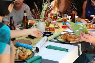 Los distintos horarios de las comidas del fin de semana se relacionan con la obesidad