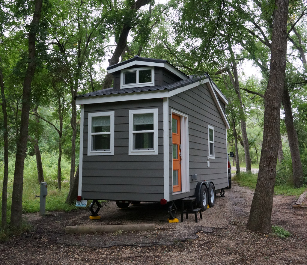 TINY HOUSE TOWN: The Wanderlust Tiny House (170 Sq Ft