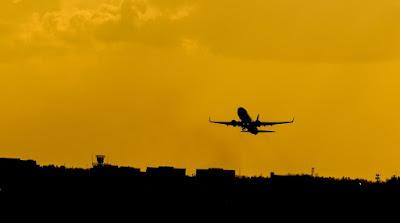 Os aplicativos que ajudam a combater o medo de aviões