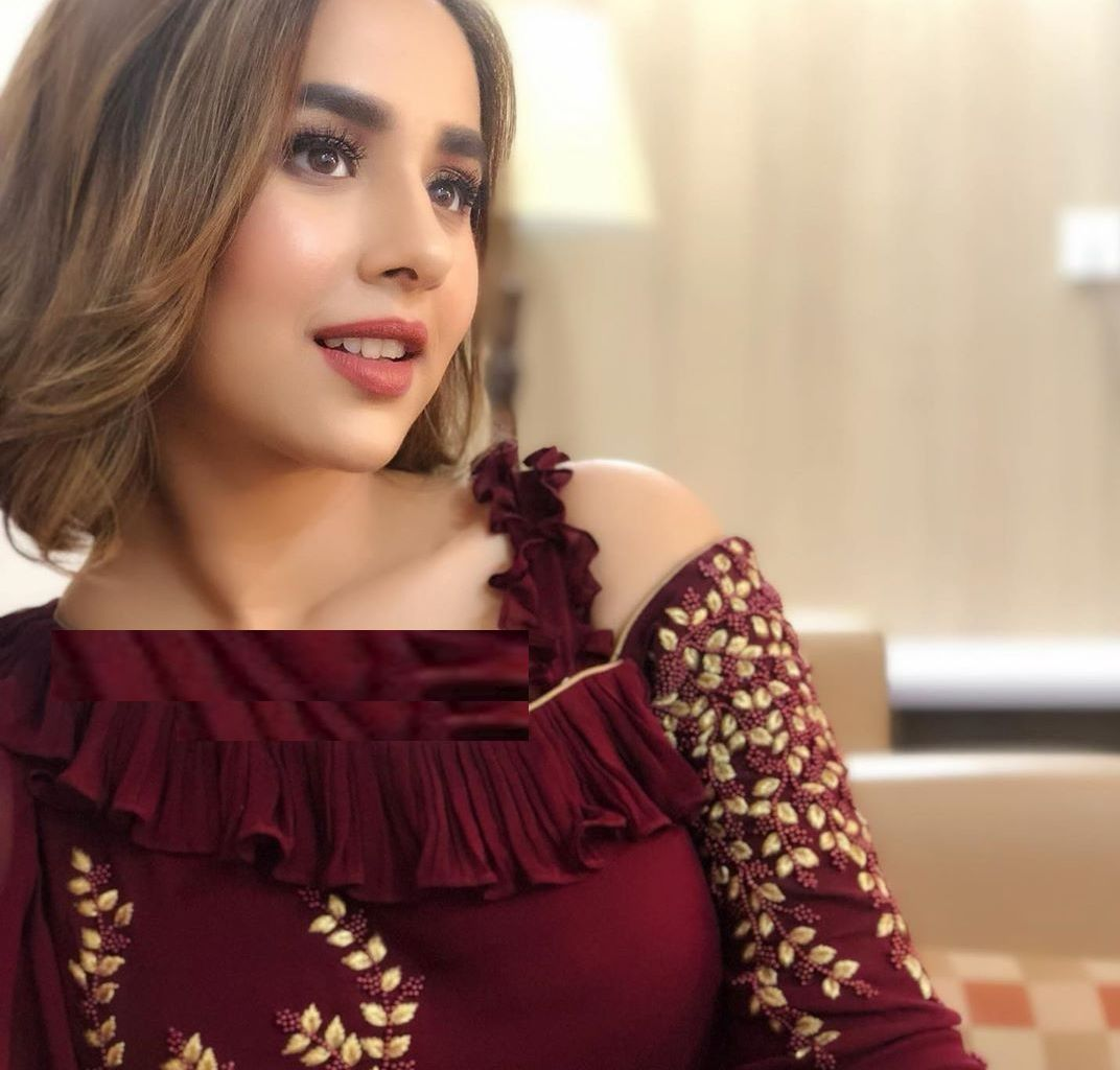 Desi Pakistani Hot Sexy Women HD New Photos   desi girls