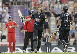 Martin Guptill 189* - Jonathan Trott 109* - England vs New Zealand 2nd ODI 2013 Highlights
