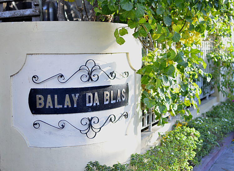 Balay Da Blas Family Room
