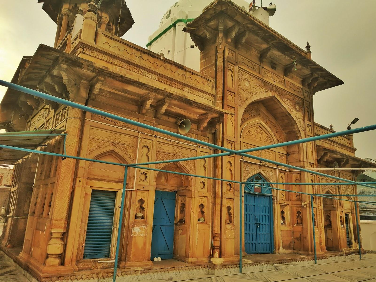 शाही मस्जिद बहादुरगंज इलाहाबाद