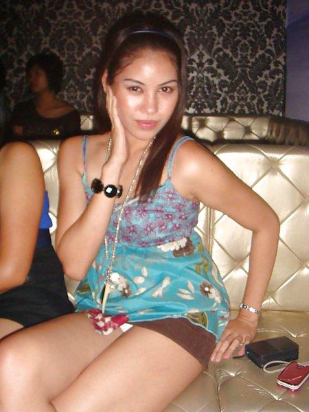 Very Sexy Pinay In Mini Skirt Upskirt Boso