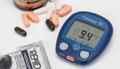 Ilustrasi cek gula darah