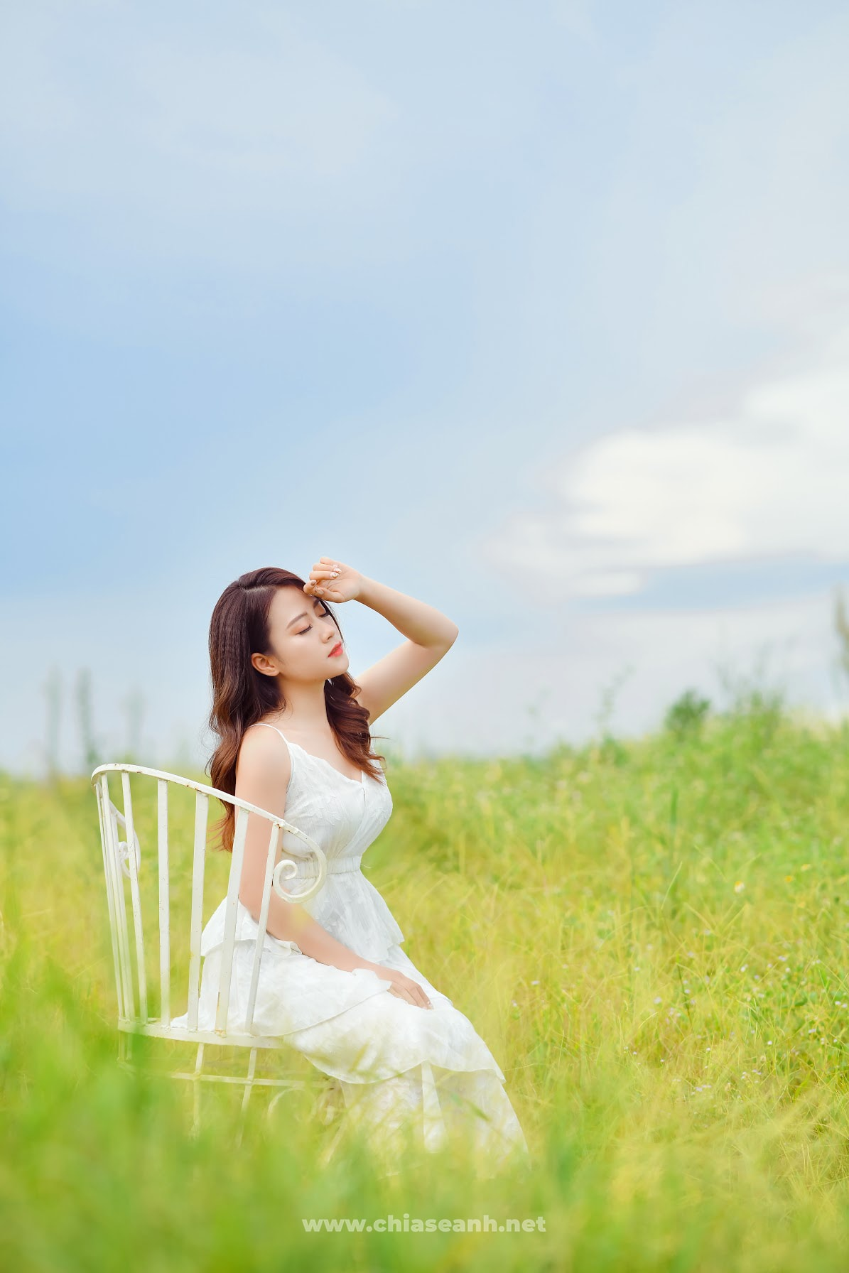 """Say đắm trước hotgirl 9X Hà Thành: Sở hữu loạt thành tích """"khủng"""", ngoại hình miễn chê"""