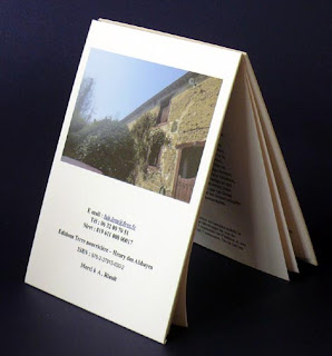 livre couverture cartonnée