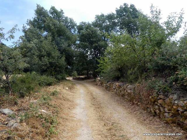 senderismo pueblos rojos de Segovia
