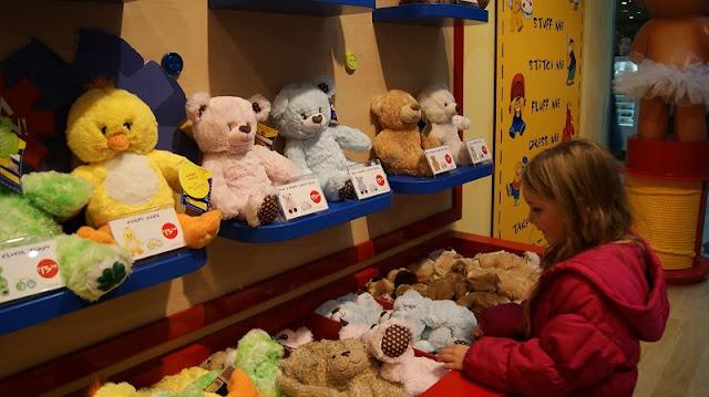 O que é vendido na loja Build a Bear Workshop