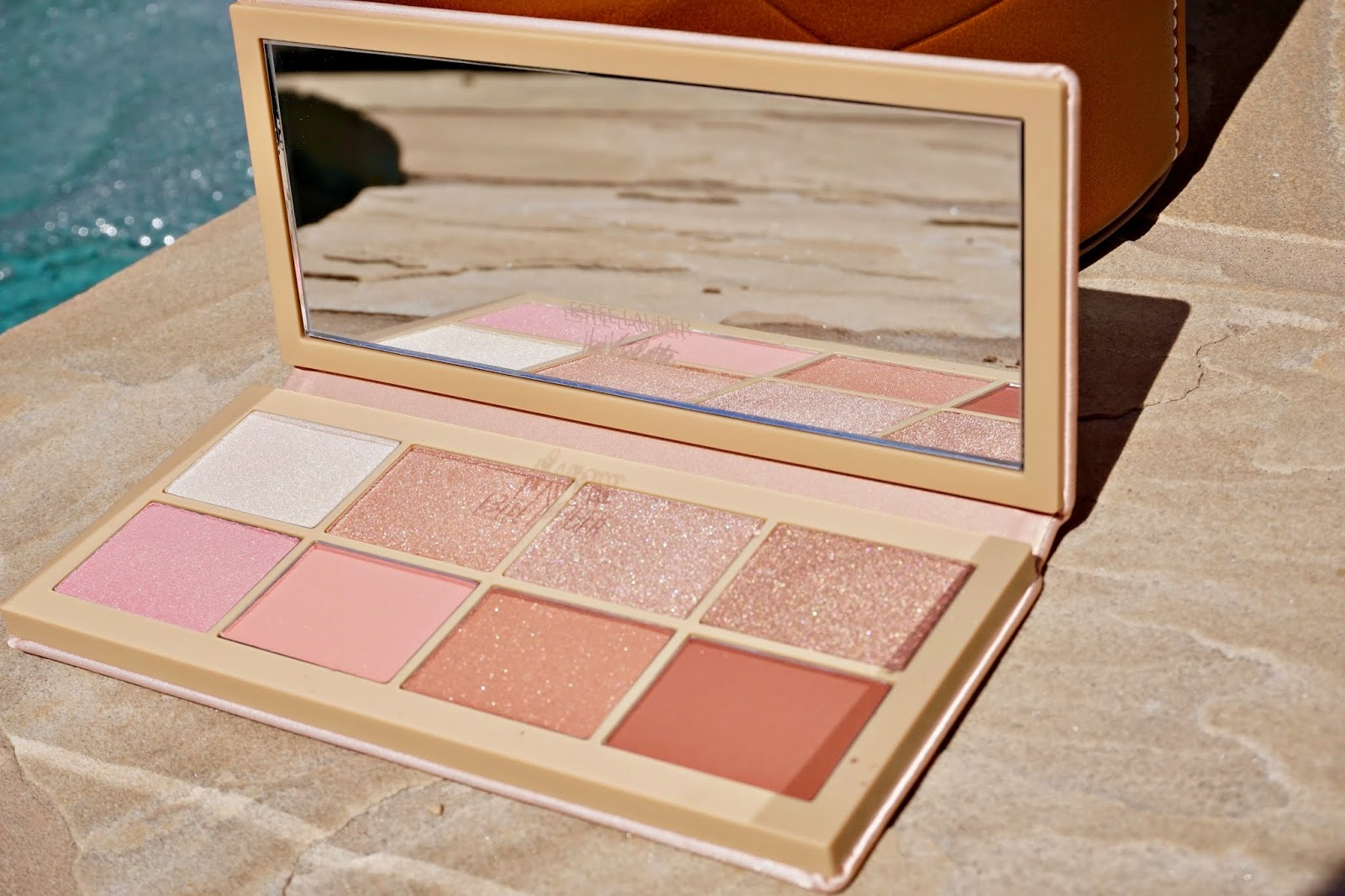 Estee Lauder Violette Oh Naturelle! Face and Eye Palette swatches