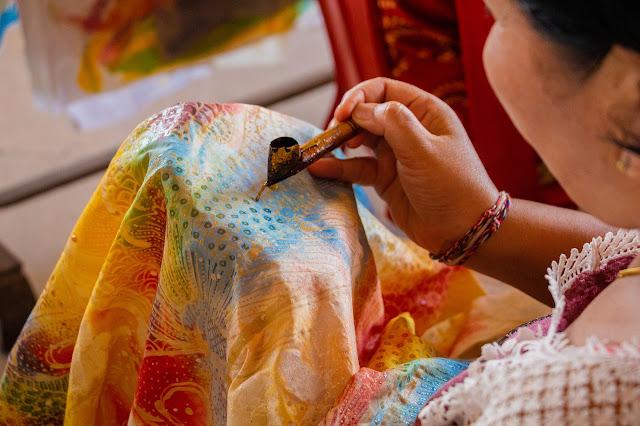 Berkarya Batik Ikat Celup