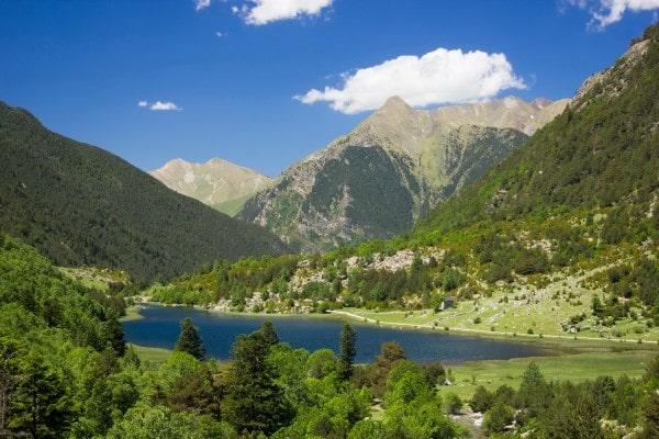 جبال البيريني الاسبانية