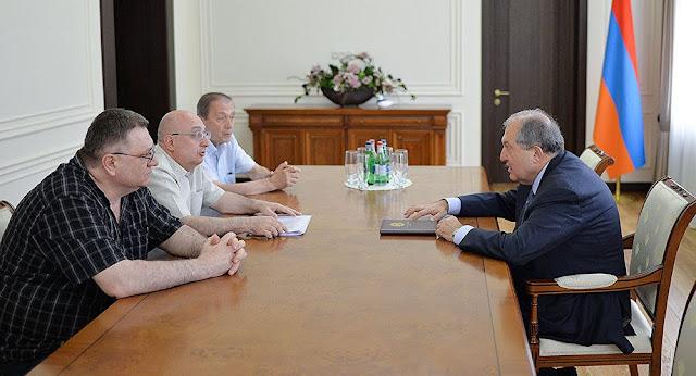 Sargsyan se reunió con científicos de Armenia