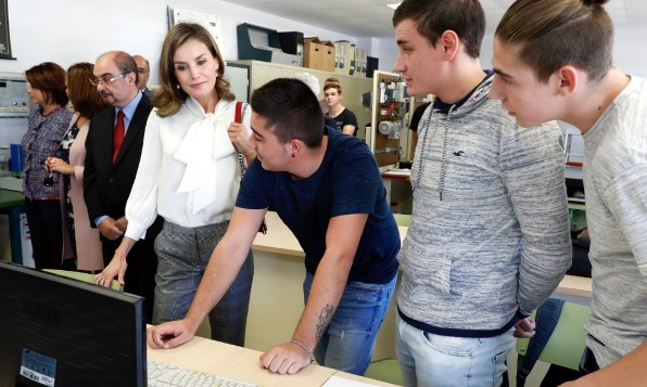 Queen Letizia presides over opening of 2017/2018 vocational training course