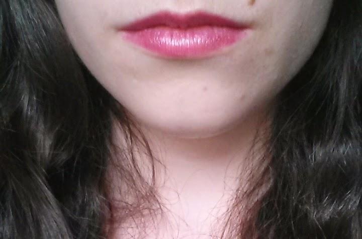 Swatch rouge à lèvres color boost pinking of it bourjois à l'application
