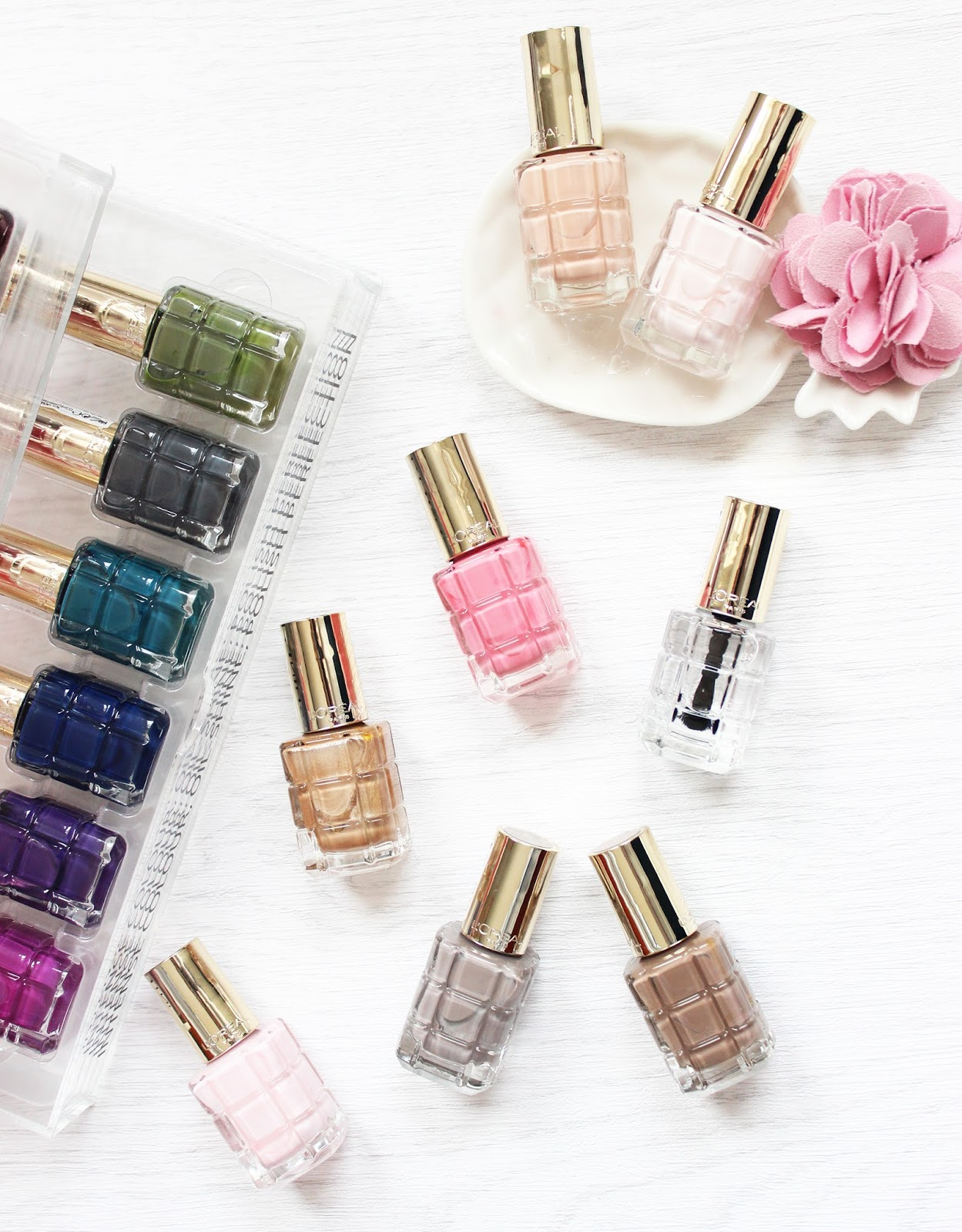 L'Oreal Colour Riche Le Vernis a L'Huile nail polishes review and swatches