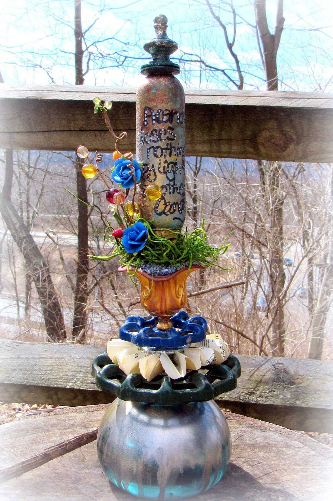 Fish tank in spanish - Everything In This Little Sculpture Is Upcycled With The Exception Of The Two Blue Roses And That Spanish Moss The Faucet Handles Were Pulled Out Of My
