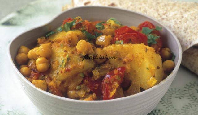 Aloo jeera Potato and cumin curry