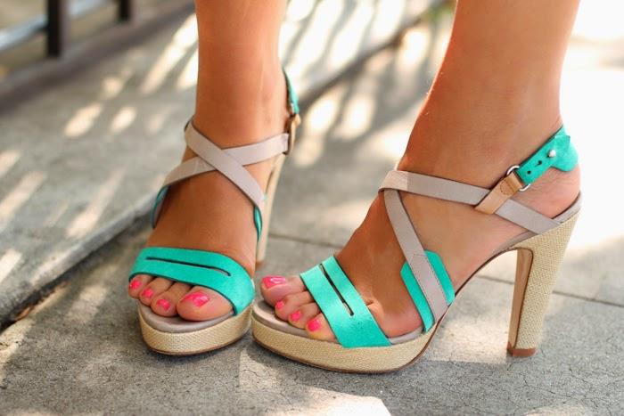 42ad23ef611 Zapatos de mujer   Sandalias colección 2015   Zapatos, Botas ...
