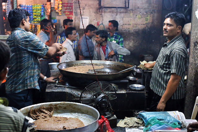 tunday kebab street food lucknow chowk