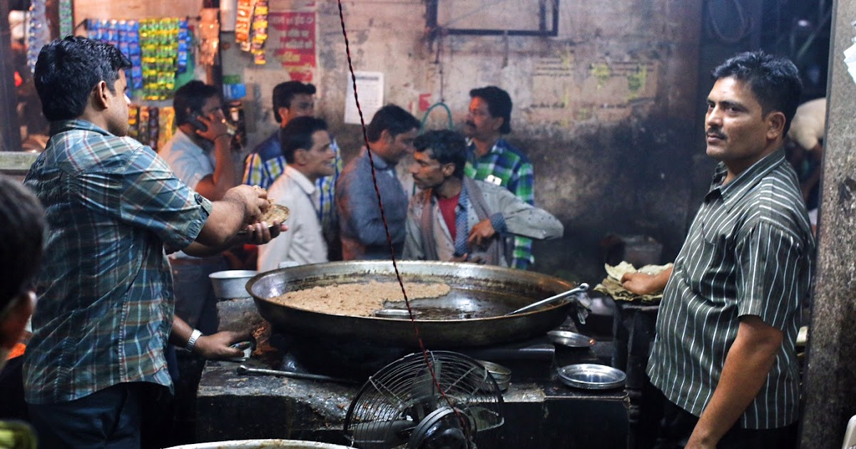 Street food of lucknow tunday kebab and other top food for Awadhi cuisine history