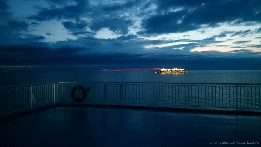 Helsinki | Travel - www.josieslittlewonderland.de - reisefieber, travel, josie unterwegs, helsinki, städtetrip, northeurope, skandinavia, kurzreise, finnlines, finnmaid, lights at night