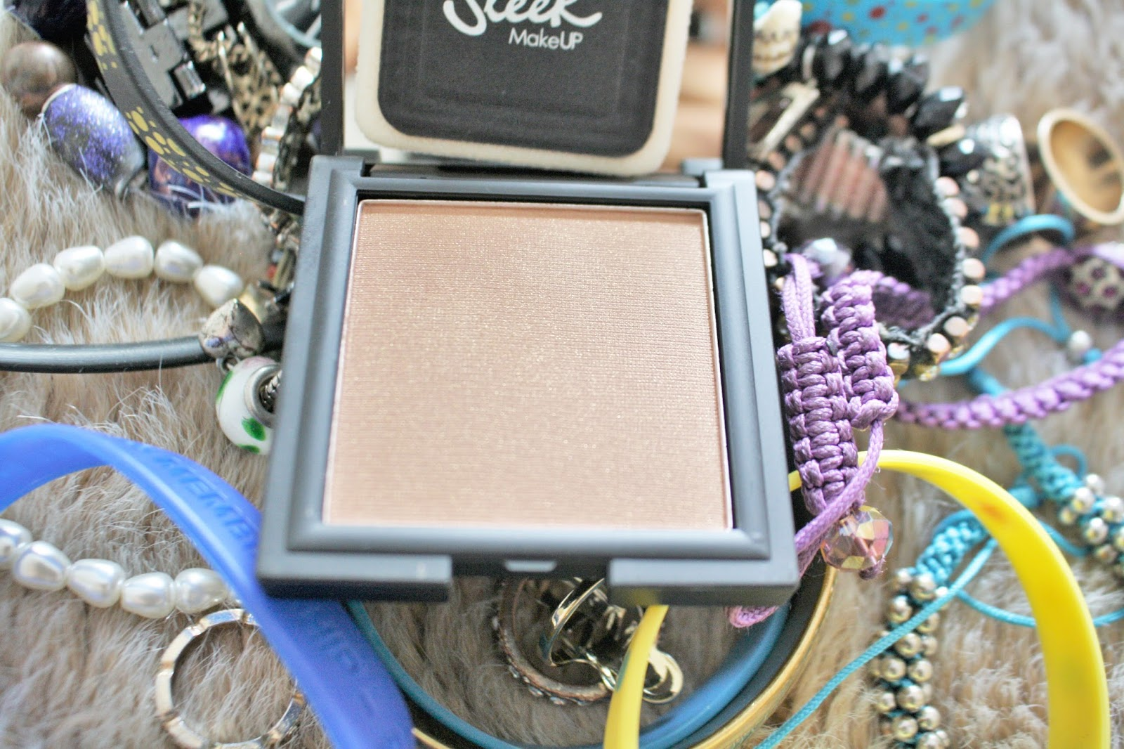 sleek make up pressed powder anika may everyday make up routine photography blog review