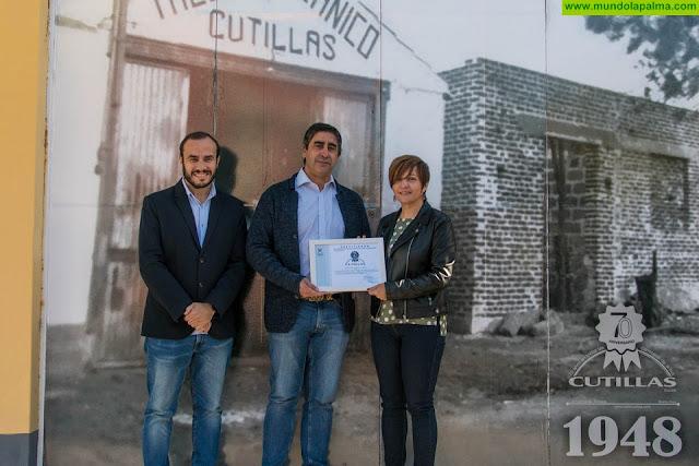 Taller Cutillasuna empresa responsable, que apoya la labor de la Asociación Alzheimer La Palma
