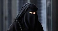 Le port du voile intégral, tel que la burqa ou le niqab, est interdit aux Pays-Bas à partir de jeudi dans les écoles, les hôpitaux, les bâtiments publics et les transports en commun, conformément à une nouvelle loi dont l'application faisait débat.