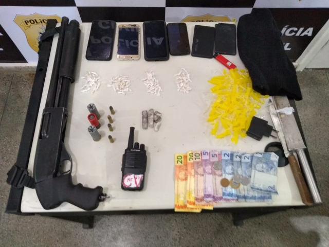 Coorpin de Itabuna prende quatro por tráfico e porte ilegal de arma