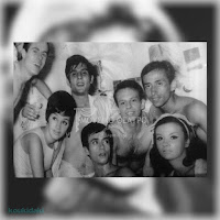 Η Σάσα Μανέττα στην επιθεώρηση «Σήκω χόρεψε συρτάκι» (του Γ. Γιαννακόπουλου, θέατρο Μπουρνέλλη, καλοκαίρι 1966)