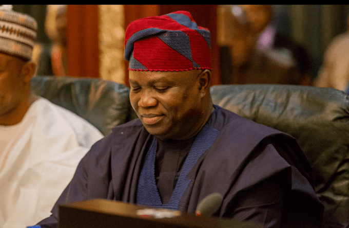 Breaking! EFCC storms Ambode's house