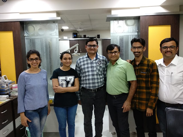 Dr Bharat Katarmal with his students for Root Canal Treatment workshop