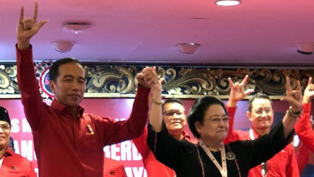 Di Hadapan Kader PDIP, Megawati Sindir Janji-janji Prabowo-Sandi
