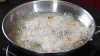 Frying-the-chicken-for-lemon-chicken