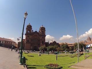 Igreja central em Cusco / Peru. Centro histórico.