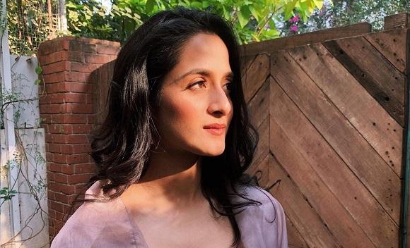Aarushi Sharma (Jadoogar Actress) Wiki, Relationship, Age, DOB, Height, Weight, Facts, Photos