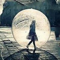 Imagen de chica dentro de una burbuja