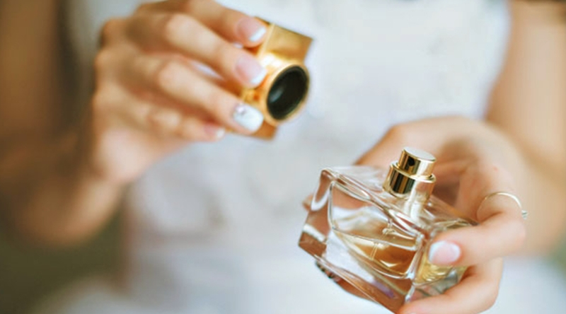 Parfümün Kalıcılığı Nasıl Artırılır?