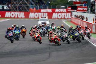 Review MotoGP Musim 2017: 5 Pemenang, 4 Besar Klasemen, Ketaaat Pakdheee....!