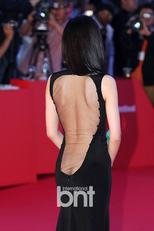 Actress Kang Hanna (강한나) at the 18th Busan ​​International Film Festival (BIFF 2013), unprecedented exposure