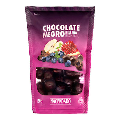 Perlas de chocolate negro rellenas de preparado de frutas Hacendado