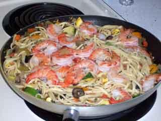 Shrimp thang in skillet