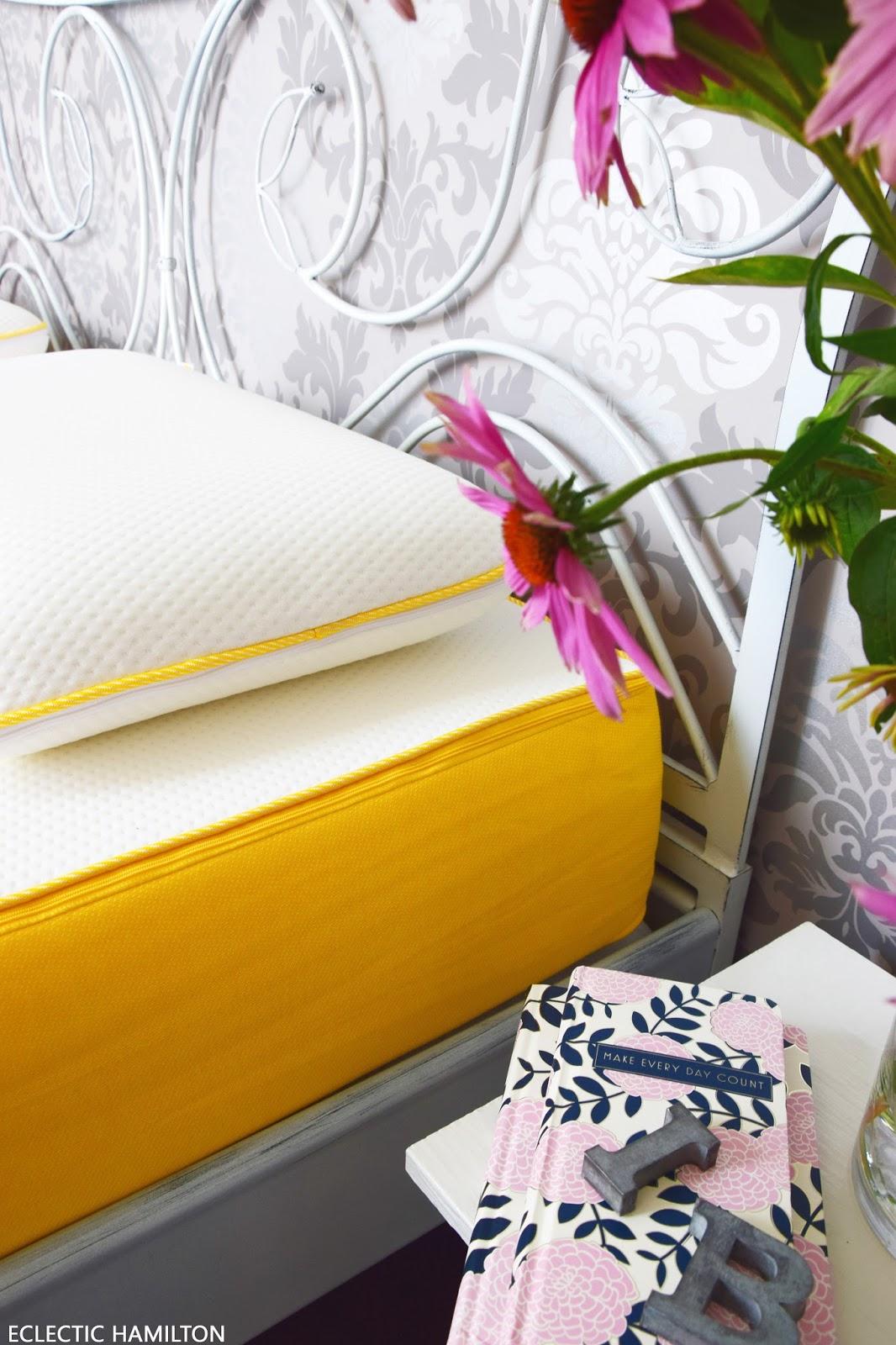 endlich wieder himmlisch schlafen im neuen schlafzimmer eclectic hamilton. Black Bedroom Furniture Sets. Home Design Ideas